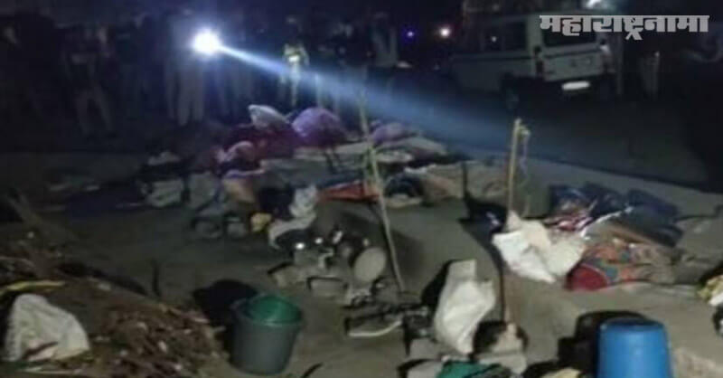 Truck crushed workers, sleeping on road, Surat