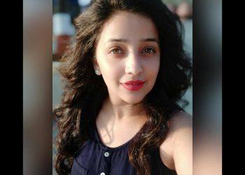 Apurva Nemlekar from Ratris khel chale marathi horror serial