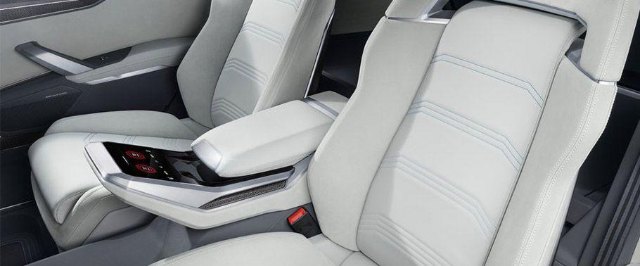 audi-q8-rear-seats