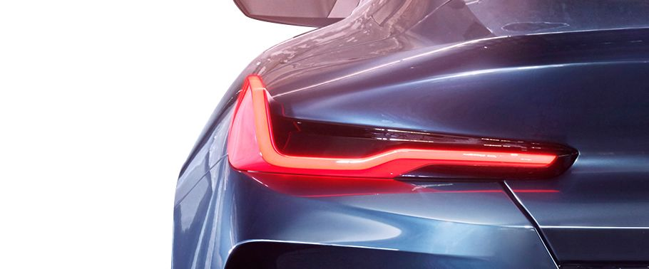 bmw-8-series-taillight