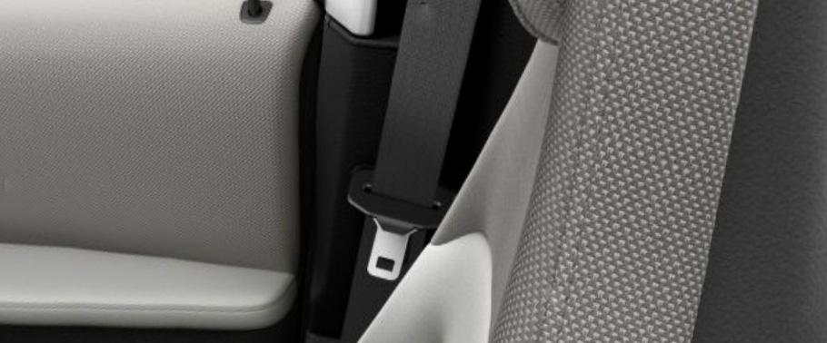 bmw-i3-seat-belt