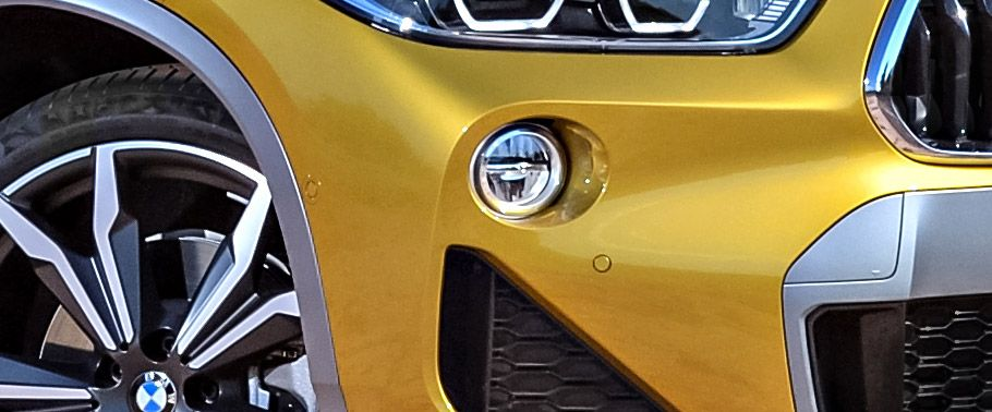 bmw x2front-fog-lamp
