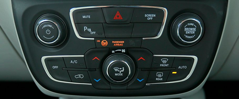 jeep compass--infotainment-stytem