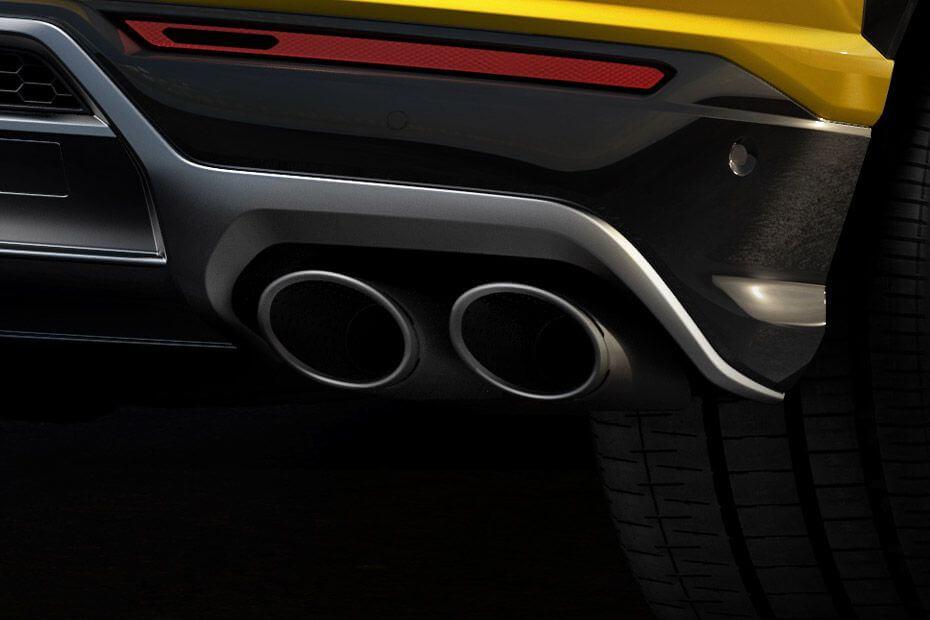 lamborghini-urus-exhaust-pipe