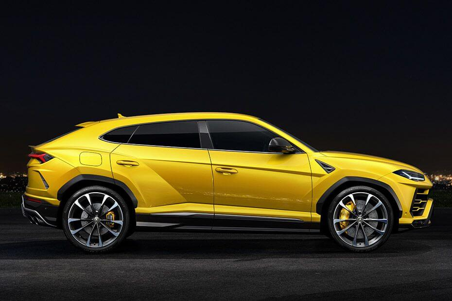 lamborghini-urus-side-view-right