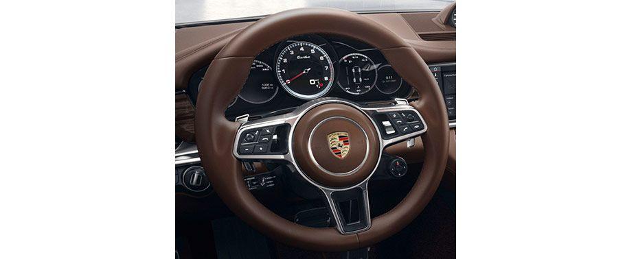 porsche-panamera-steering-wheel