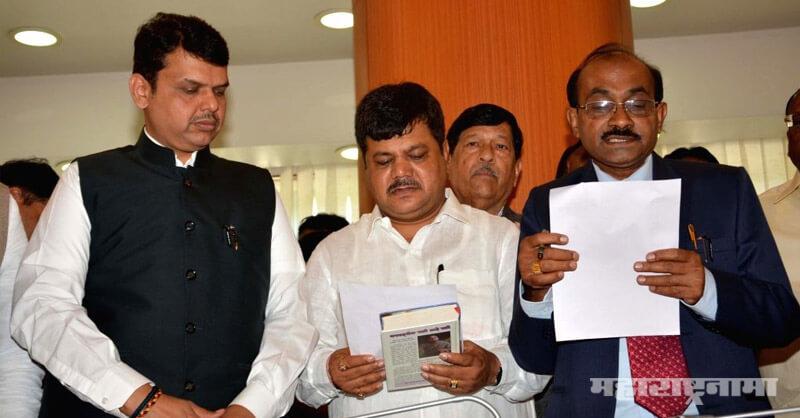 Minister Hassan Mushrif, BJP MLA Pravin Darekar, Eknath Khadse