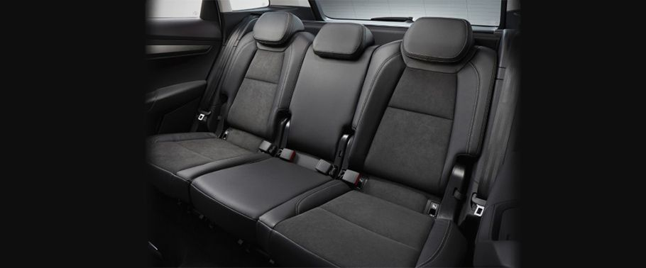 skoda karoq-rear-seats