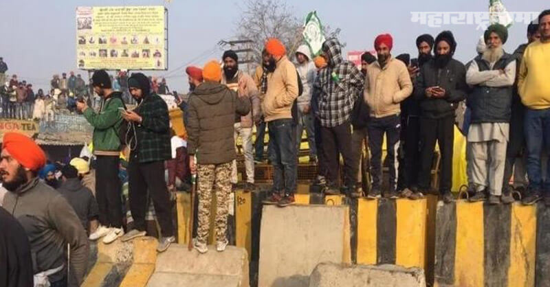 Farmers, Broken down barricades, Delhi-Haryana Tikri border